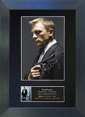 DANIEL CRAIG Signed Mounted Autograph Photo Prints A4 26