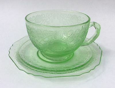 Hazel Atlas Florentine #1 Poppy Green Depression Glass Cup & Saucer Set s