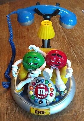 M&M's TELEPHONE GREEN & RED PHONE CHARACTERS