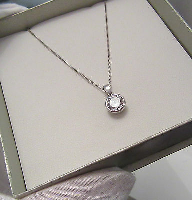 9ct WHITE GOLD NECKLACE WITH SPARKLING SOLITAIRE PENDANT HALLMARKED ASSAYED