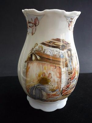 """Royal Doulton """" Winter """" Vase From The Brambly Hedge Collection."""