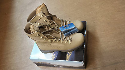 NEW British Army Issue Meindl Desert Fox Leather Combat Boots Size 7.5 UK