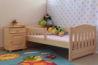 babybett kinderbett gitterbett juniorbett wei umbaubar 140x70 neu matratze eur 98 99. Black Bedroom Furniture Sets. Home Design Ideas