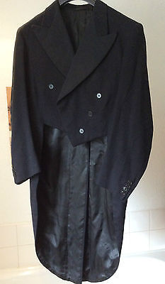vintage tail-coat/ dress jacket ~ all wool - large pointy satin collar ~ M - 40""