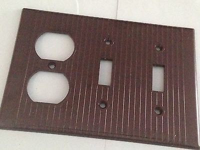 New Vintage Leviton 3 gang switch plate outlet wall cover brown ribbed  Bakelite
