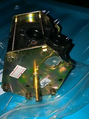 Alpha 6.5623431 (3 port valve only). New (not boxed). Secura 4200, style 80ff