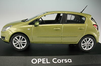 opel corsa d green tea modellauto 1 43 eur 15 00 picclick de. Black Bedroom Furniture Sets. Home Design Ideas