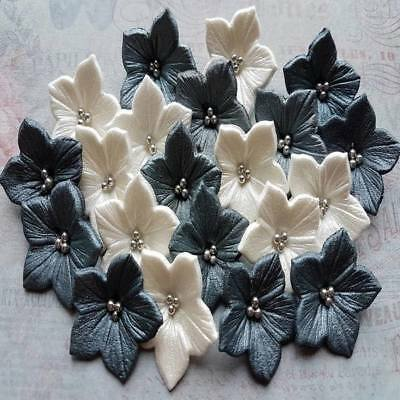 20 Edible Sugar Petunia Flowers Blossoms decorations cakes cupcakes toppers