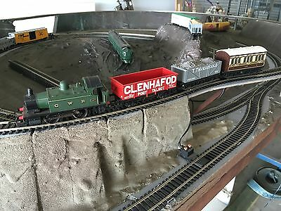 HORNBY OO SCALE COMPLETE TRACK W/night Mail And Gwr Passenger Freight