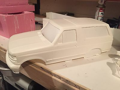 RC hard body Ford Bronco - hard shell body RC4WD scx10 1:10 scale