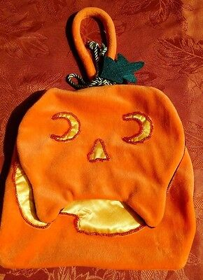 BATH AND BODY WORKS Halloween Pumpkin Cat Treat Bag with Handle.