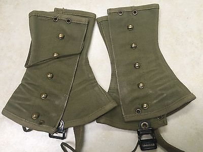 Pair of Official Boy Scout Green Leggings / Spats - Size Small