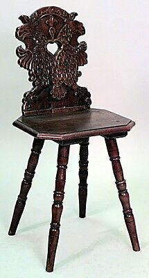 Italian Renaissance Style (19th Cent.) Walnut Sgabelli Chair