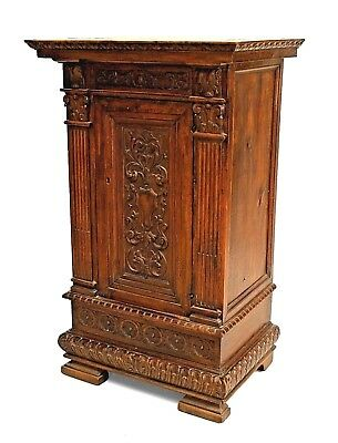 Italian Renaissance Style (19th Cent) Small Walnut Single Door Commode