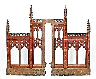 Pair of English Gothic Revival style oak carved railing panels with open design