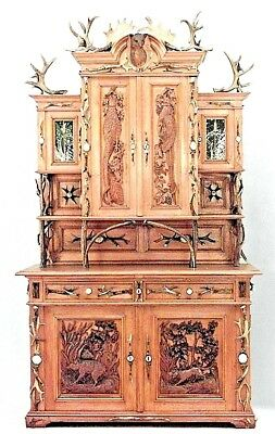 Rustic German (19th Cent.) Oak Hutch Cabinet with Horn Trim
