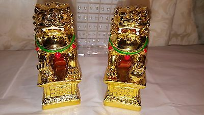Pair Gold color Chinese Feng Shui Foo / Fu Lion Dogs Temple, small size