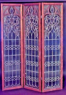 English Gothic Revival Style (19th Cent.) Oak 3 Fold Screen