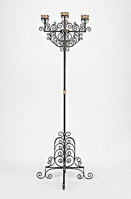 Italian Renaissance Style (20th Cent.) Trimmed Wrought Iron Floor Torchiere