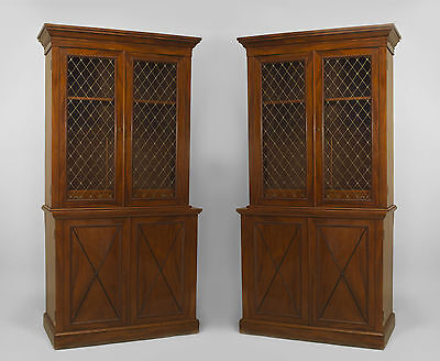 Pair of English Georgian (19th Cent) mahogany bookcases with 2 brass lattice gla