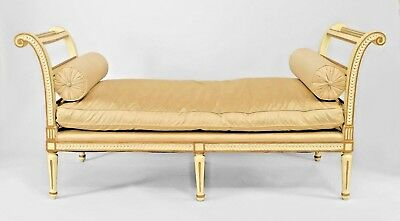 Italian Neo-Classic Style (19th Cent.) White Painted Daybed