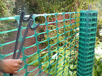 Barrier Mesh Plastic Fencing 1x25m Green Plant Protective Fence + 10 Steel Posts
