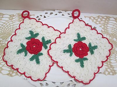 VINTAGE ,LOT of 2  Crochet pot holder's with roses ...   Excellent condition...