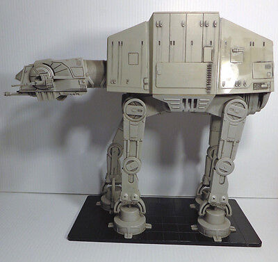 Star Wars Miniatures Colossal Pack AT-AT Imperial Walker 200 LE Statue 2005 LOOS