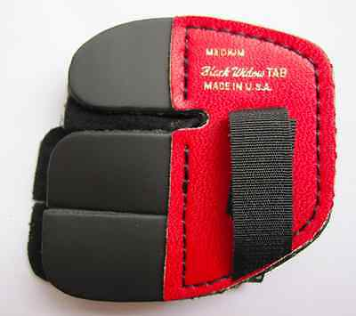 BLACK WIDOW - Archery Leather finger TAB - (BW-250) RED