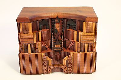 Vtg Po Shun Leong 1989 Hand Crafted Exotic Art Wood Jewelry Box Sculpture Signed