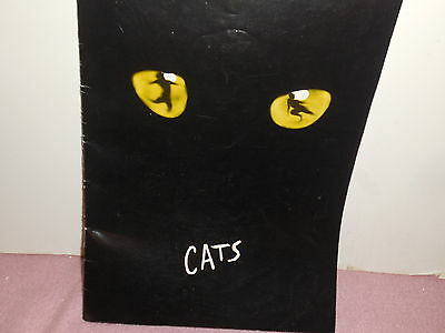 """Vintage 1981 Big Program Book From The Musical, """" Cats """" With Insert"""