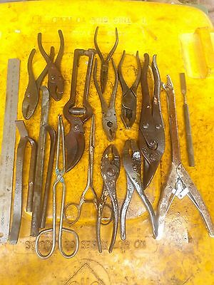 17x collectible hand tools various pliers, snips, pry bars.