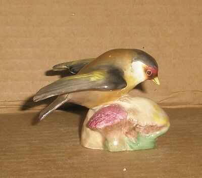 Royal Worcester Bird Figurine/Goldfinch