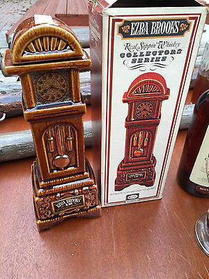Vintage Old Ezra Brooks 12 years old SEALED Whiskey Bottle Display Box 1971