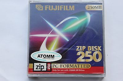 FujiFilm 250mb Zip Disc PC formatted for use with 250mb zip drive New Sealed