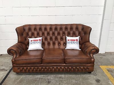 *SUPERIOR Tan Brown Leather 3 Seater Chesterfield Sofa L��������K*