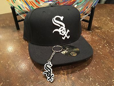 authentic CHICAGO WHITE SOX new era 59FIFTY fitted BASEBALL CAP 7 3/4 w keyring