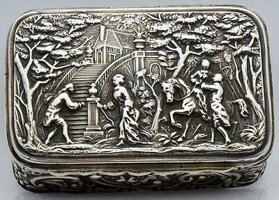 Museum antique Victorian sterling silver Repousse snuff box.Top quality! RARE