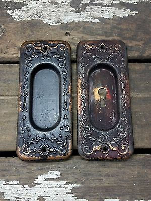 2 VTG Old Metal SHABBY Vine Scroll Keyhole Door Pocket Pull Backplate Cover
