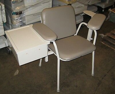 Ritter 281 blood draw chair.  Very good condition, guaranteed.