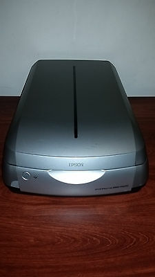 EPSON PERFECTION 4990 PHOTO / A4 / Flatbed Scanner / Cables included