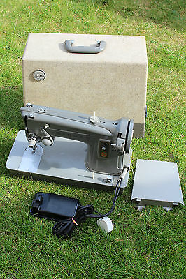 Vintage Grey Electrical Singer Sewing Machine Boxed Ship Worldwide