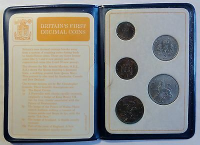 Britain´s First decimal Coins Set with 5 coins from 1971  stg / unc