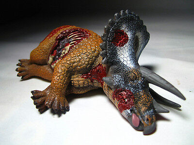 2012 NEW CollectA Dinosaur Toy / Figure Triceratops Corpse