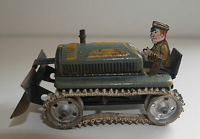 VINTAGE TINPLATE TRACTOR / BULLDOZER MADE IN US ZONE GERMANY RARE WORKING 1950's