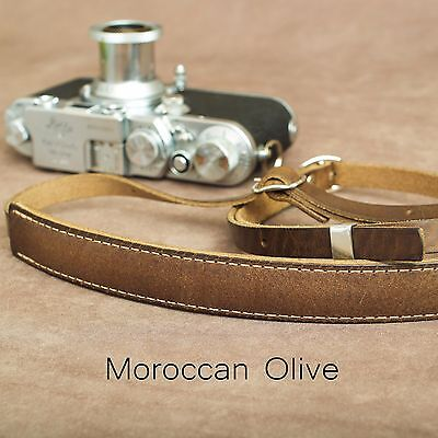 "1901 ""Steichen"" Leather Camera Strap - ADJUSTABLE 107-146cm - Moroccan Olive"
