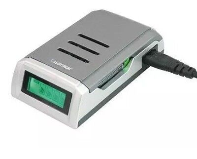 .Lloytron B1550 Fast Alkaline NiMH Intelligent LCD Battery Charger Mains Powered