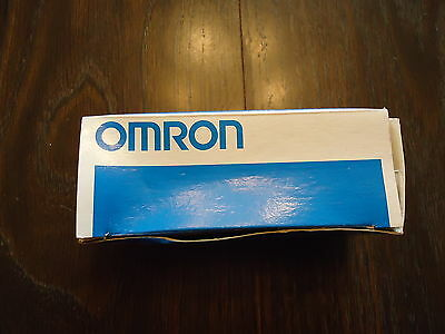 New Omron E3X-A11 2M 10 To 30 Vdc