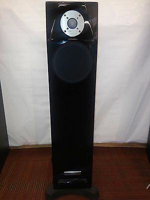 Usher Diamond DM4 Speakers