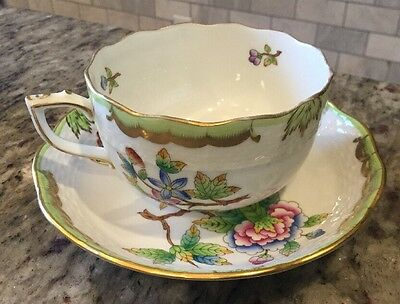 Herend Queen Victoria Tea Cup 724 VBO 2pieces